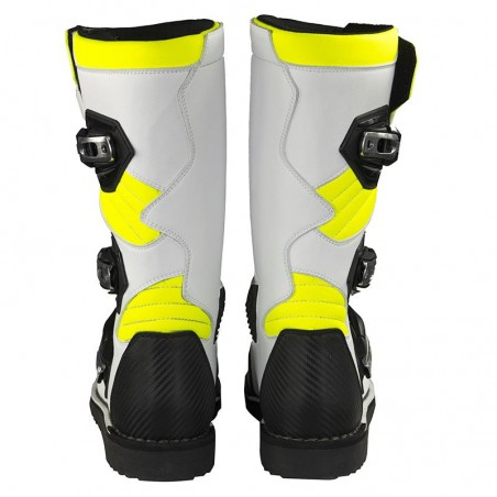 Boots Mots Zona 2 Trial