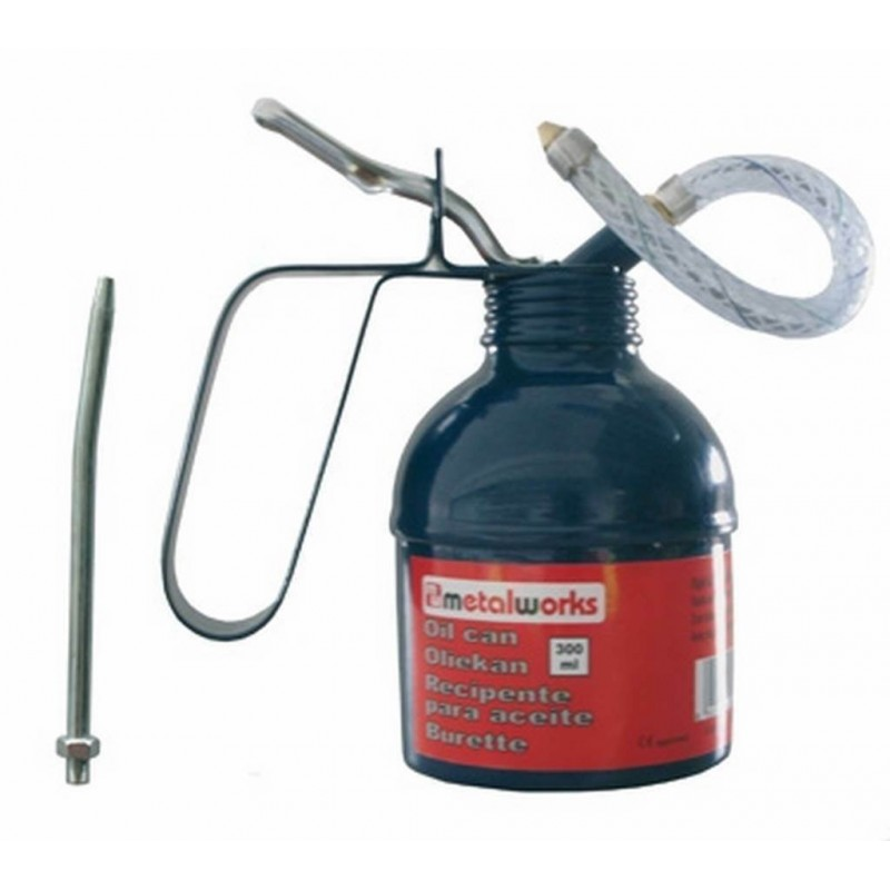 Brass oilcan 500ml with flexible hose