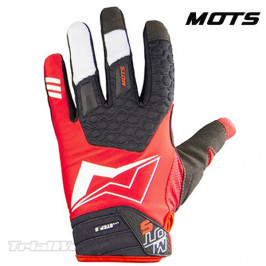 Gloves Trial MOTS Step5 Red