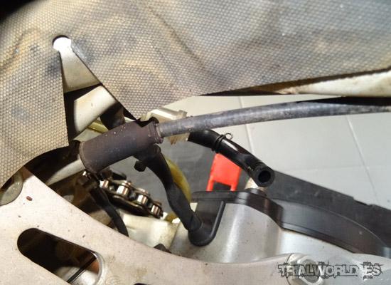 tensar acelerador moto de trial